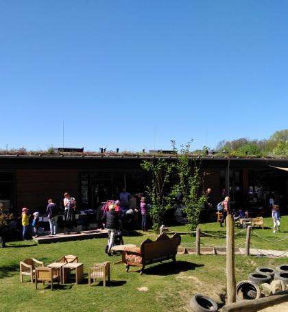 Kleidergarten - Familienflohmarkt in der Kita